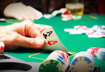 El bot que ha aprendido a jugar al poker el solo y derrota a los mejores del mundo